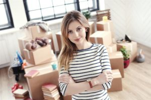 woman-about-to-move-boxes